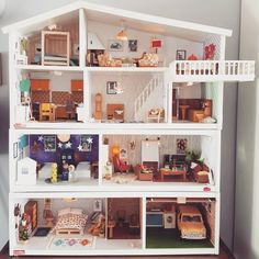 An updated whole house pic ☺😍♥️ Kids Doll House, Doll House Plans, Doll Furniture, Dollhouse Furniture, Sims 4 House Design, Dora, Girl Bedroom Designs, Miniature Houses, Diy Dollhouse