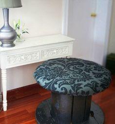 schminktisch Wohnzimmermöbel aus Kabeltrommel gepolstert hocker