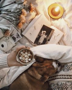 Hygge is what I want for our new house Autumn Cozy, Fall Winter, Cozy Aesthetic, Autumn Aesthetic Tumblr, Autumn Tumblr, Aesthetic Clothes, Autumn Inspiration, Warm And Cozy, Warm Bed