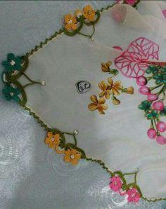 Needle Lace, Cutwork, Crochet Designs, Crochet Necklace, Quilts, Kebaya, Jewelry, Felt, Mariage