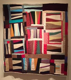 Strings by Mary Lee Bendolph. From Heart to Hand Exhibition Museum Of Fine Arts, Art Museum, African Museum, Gees Bend Quilts, Quilting Designs, Quilt Design, Museum Exhibition Design, African Quilts, Mary Lee