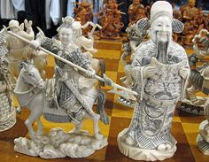 A splendid ivory chess set, carved around 1900, is up for sale in Los Angeles, California. The pieces are in the form of Chinese classical figures, with the Emperor and Empress seated on thrones and measuring over seven inches in height. The current owner, Elizabeth Krauss, is searching for a dealer, auction, or collector that would be interested in  purchasing the set.