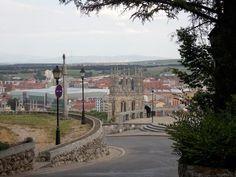 Los monumentos, museos y zonas para ver en Burgos en un día. La Catedral, el castillo y el MEH son tres imprescindible, y la gastronomía en forma de tapas.