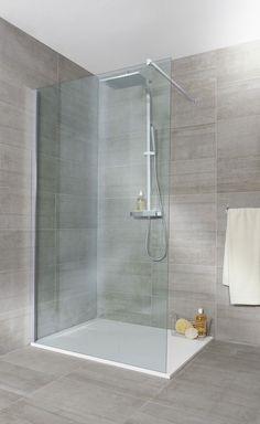 Paroi de douche LINE grand espace Best Bathroom Tiles, Bathroom Tile Designs, Simple Bathroom, Modern Bathroom Design, Bathroom Interior Design, Master Bathroom, Bathroom Ideas, Basement Bathroom, Bathroom Remodeling