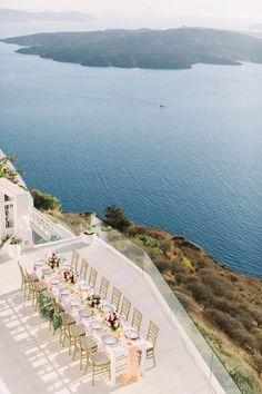 vWedding dinner in Santorini- Greece