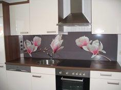 Kitchen Splashback Designs, Kitchen Backsplash, Glass Bathroom, House Layouts, Küchen Design, Home Kitchens, Sweet Home, Vase, Inspiration