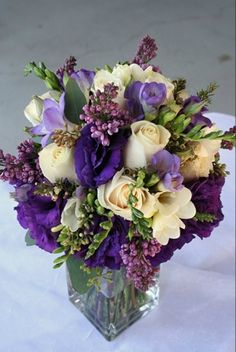 reception wedding flowers,  wedding decor, wedding flower centerpiece, wedding flower arrangement, add pic source on comment and we will update it. www.myfloweraffair.com can create this beautiful wedding flower look.