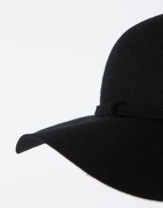 Φεντόρα style - Καπέλα - Bershka Greece