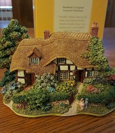 Lilliput Lane Meadowsweet Cottage | eBay