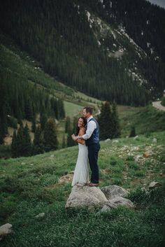 Romantic Elopement in the Woods of Gothic Valley in Colorado | Photo by Geoff Duncan