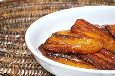 Platanos Maduros (Fried Sweet Plantains) - What's Cookin, Chicago Mousse, Costa Rican Food, Jamaican Recipes, Jamaican Cuisine, Comida Latina, Thinking Day, Caribbean Recipes, Food Print, Cooking Recipes