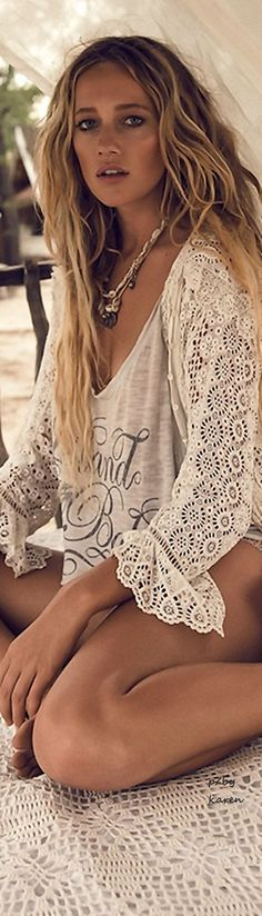 Crochet Sleeved Top At BoHo File >❄️< Hippy Or Gipsy, Make It Your Style! Spring RTW