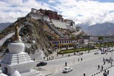 Tibet.jpg - Ondřej Žváček via Wikimedia Commons (German)