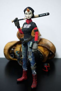 Custom Tank Girl Figure from Carlo Cacho