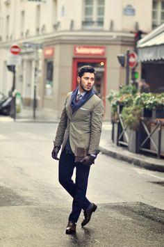 Suits | Street style | Menswear & fashion inspiration http://super-suit-man.tumblr.com/