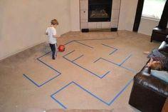 Resultado de imagem para brincadeiras pintura no chão