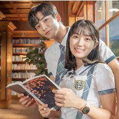 the drama Extraordinary You. Korean Drama Romance, Korean Drama Best, Korean Drama Movies, Korean Actors, Korean Dramas, K Drama, Drama Film, Best Kdrama, W Two Worlds