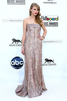 Taylor Swift at the 2011 Billboard Music Awards at the MGM Grand Garden Arena -never ever looks bad.