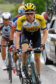 Giro d'Italia stage 8 Steven Kruijswijk (Lotto NL - Jumbo) on the attack (Bettini Photo)