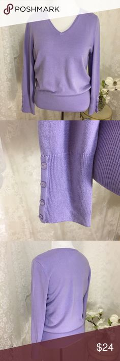 """JM Collection Lilac frost cozy yarn sweater. B024 JM Collection Lilac frost cozy yarn sweater. 88% acrylic 12% nylon. Large it's 21"""" across armpit to armpit and XL it's 23"""". Both are 26"""" long. Amazing 4 button details on sleeves. Soft fabric. JM Collection Sweaters V-Necks"""