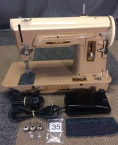SERVICED WORKS PERFECTLY 1959 SINGER 404 SLANT-O-MATIC HEAVY DUTY SEWING MACHINE