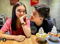 My happiness is yours 😂 Filipina Girls, Filipina Actress, Couple Goals Teenagers, Very Funny Memes, Celebrity Couples, Filipino, Cassie, Philippines, Squad