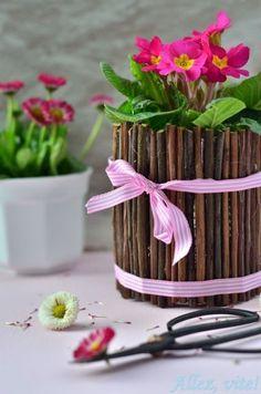 Basteln mit Konservendosen Idee Bastelidee Frühling Ostern Blumen Deko dekorieren