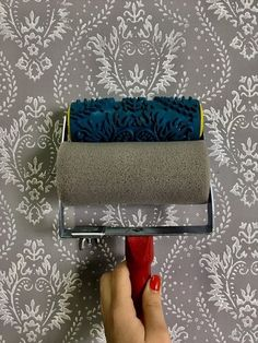 Pattern paint roller wall decor rubber roller HEART rnrnSource by deannadfulkerso Wall Painting Living Room, Wall Painting Decor, Painting Tips, Wall Decor, Paint Rollers With Designs, Patterned Paint Rollers, Paint Designs, Painting Textured Walls, Wall Texture Design