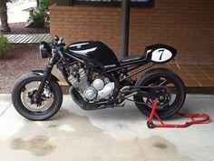 Yamaha XJ 600 Diversión #modelikocaferacers