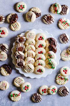 Best Christmas Desserts, New Year's Desserts, Easy Christmas Cookie Recipes, Best Christmas Cookies, Holiday Cookies, Christmas Treats, Holiday Treats, Dessert Recipes, Christmas Goodies