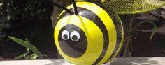 Comment transformer une boule de bowling en abeille de jardin. . trucs-et-bricolages1