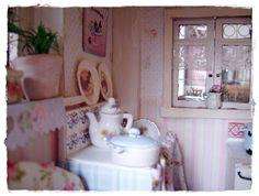 ** Petite Victorian Rose**: Inside Rose Cottage
