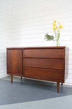"Found this pic looking for teak, dark-stained, mid-century, danish. Discovered it is an entire ""how to"" refinish this type of piece."