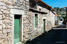 The Historical Villages of Centro de Portugal are enchanting mountain villages whose histories stretch back to the beginnings of Portugal as a nation. Lion Of Judah, Mountain Village, Wild Nature, Pilgrimage, Science And Nature, Portuguese, Portugal, Spanish, Peace