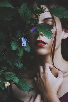 """Bring me your heart, my dear, dear Snow White"" by ClarissaCosta"