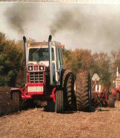 1468 Case Tractors, Farmall Tractors, Ford Tractors, John Deere Tractors, Antique Tractors, Vintage Tractors, Vintage Farm, Tractor Mower, Red Tractor