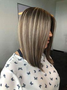 Brown Hair With Blonde Highlights, Hair Highlights, Mom Hairstyles, Pretty Hairstyles, Et Tattoo, Birthday Hair, Hair Color And Cut, Layered Hair, Bad Hair