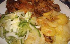 Gombás hagymás tarja házi csalamádéval recept fotóval Pork Recipes, Cooking Recipes, Hungarian Recipes, Hungarian Food, Pork Dishes, Food 52, Bacon, Good Food, Food And Drink