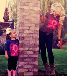 Aww I wana take pictures with my daughter just like this ♥