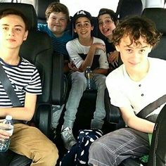 Its rare to see Finn and Jack not next to eachother if their both in a pic 😆❤ Es Pennywise, Pennywise The Dancing Clown, Jack Finn, Jack G, It Movie 2017 Cast, Movie Tv, It The Clown Movie, Le Clown, Im A Loser
