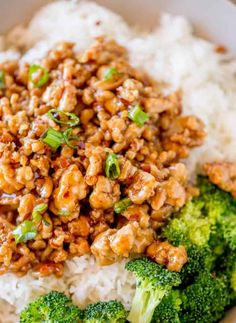 Ground Orange Chicken with Ground Chicken Ginger Root Garlic Red Chili Pepper Rice Wine Water Sesame Oil Soy Sauce Sugar White Vinegar Orange Water Cornstarch. Clean Eating, Healthy Eating, Asian Recipes, Healthy Recipes, Chinese Recipes, Chinese Desserts, Healthy Habits, Yummy Recipes, Keto Recipes