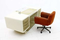 View this item and discover similar for sale at - Very rare Directors Desk by Ernest Igl for Wilhelm Werndl, ca. 1970 with integrate Telephone and Carpet. Vintage Desks, Modern Desk, Writing Desk, Table Furniture, Telephone, Office Desk, Tables, Germany, Antique