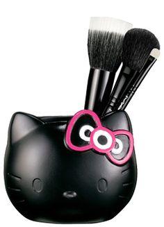 MAC Hello Kitty Brush Set