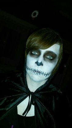 Buh. Skeleton face.