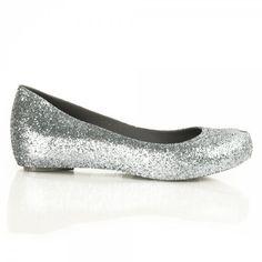 Women's Silver Flat Shoes You will like this - http://latestfashiontrendsforwomen.net/
