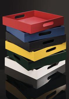 Copa&Cia - Bandeja Artwood Color: Combinações vibrantes de cor e design trazem vida aqueles cantinhos esquecidos.