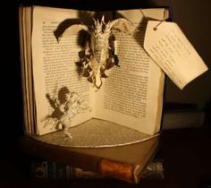 Novel Paper Sculptures - From Within a Book by Emma Taylor Pays Tribute to the Printed Word (GALLERY)