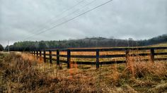 #field #fence #hills #naturelovers #tennessee #naturegram #photography #natureshots #harvest #overcast #nature_shooters #tennesseephotographer #tennesseephotography #nashvillephotographer