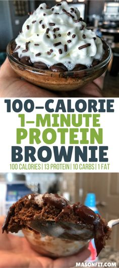 Lebensmittel You'll love this ooey-gooey microwaveable chocolate protein brownie that's ready in one minute and packs 13 grams of protein into 100 calories. High Protein Snacks, Protein Dinner, 100 Calorie Snacks, Low Calorie Desserts, High Protein Recipes, Protein Foods, Chocolate Protein Recipes, Low Calorie Mug Cake, Vegan Protein