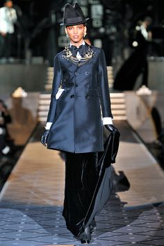 Dsquared2 Experience – Collections | WOMEN – FALL / WINTER 2013